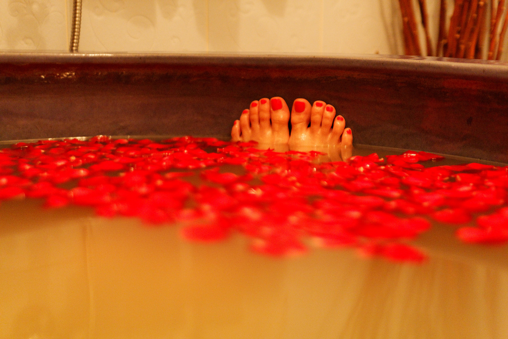 When one goes on a spa vacation in Tampa., a rose petal bath is a must ... photo by CC user denniswong on Flickr