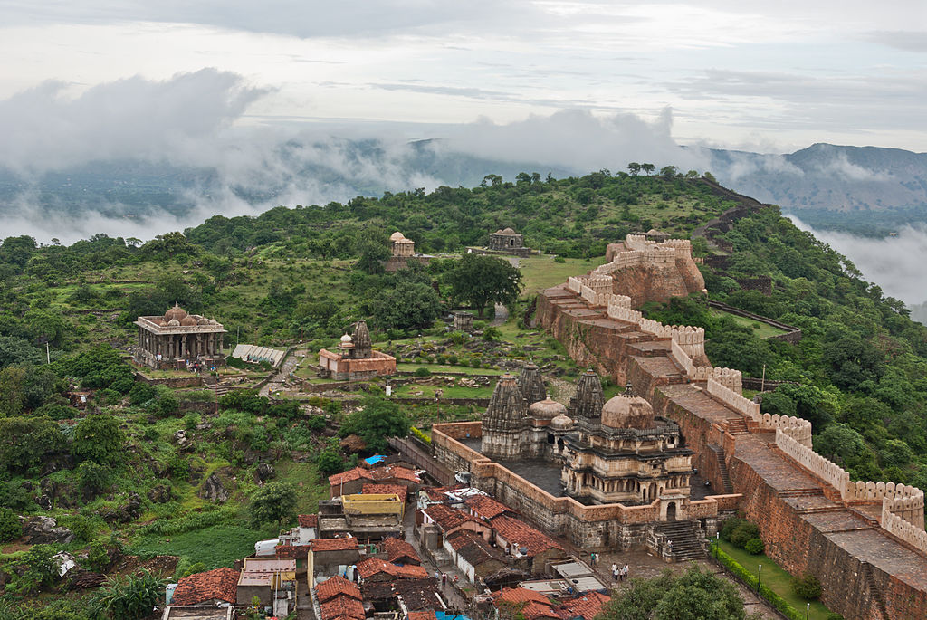 Kumbhalgarh is one of the lesser known Historical Cities in India ... photo by CC user Antoine Taveneaux on wikimedia.org