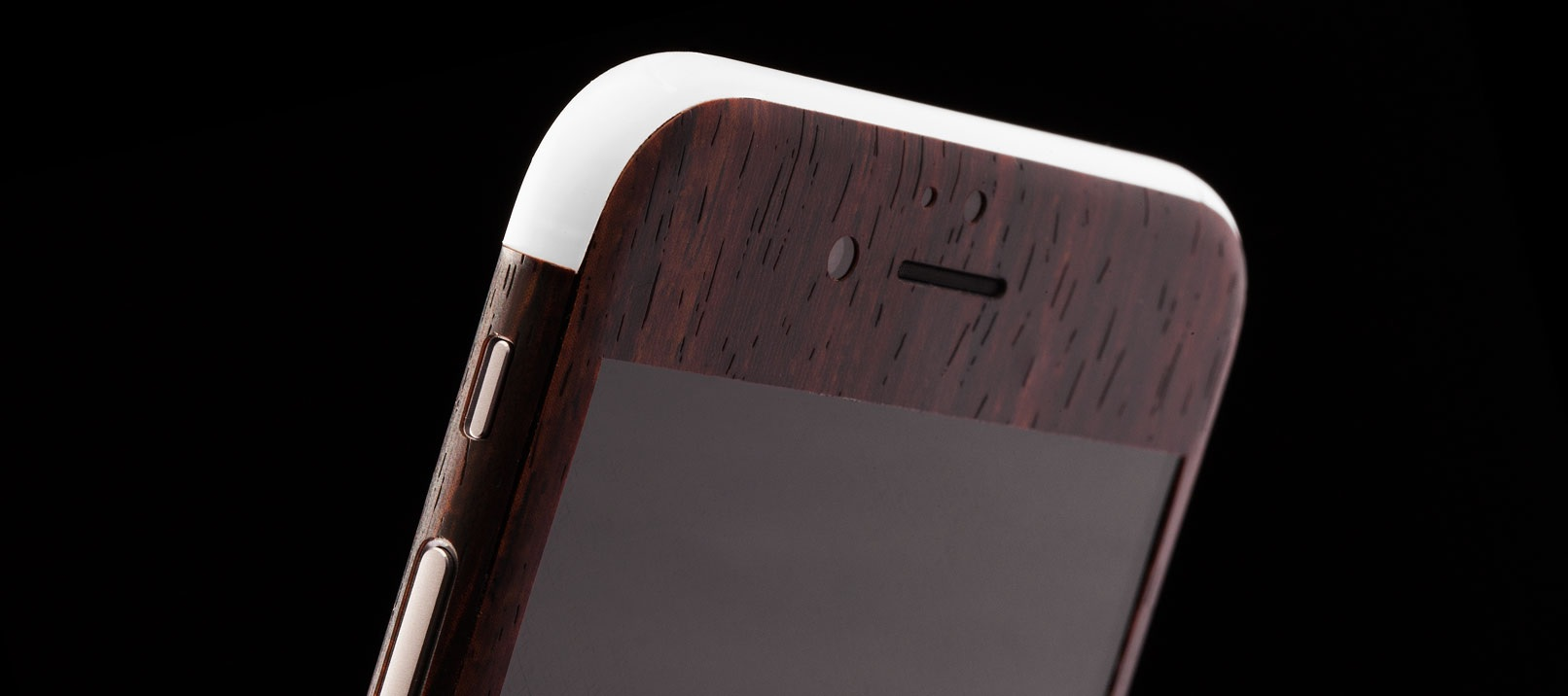 Stylish Phone Skins for the iPhone 6 are so hot right now